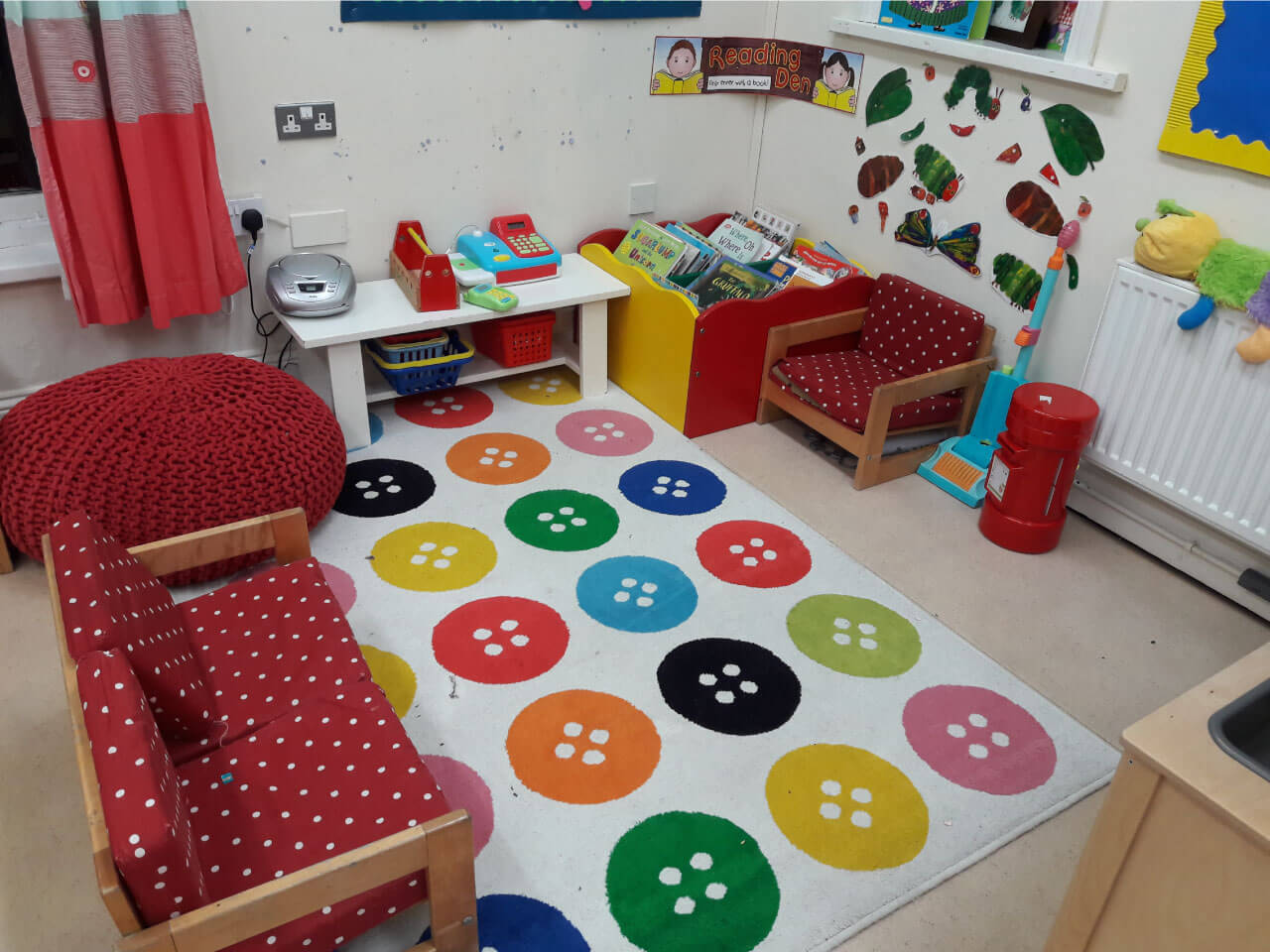 Reading den for preschool children to learn and improve their reading skills